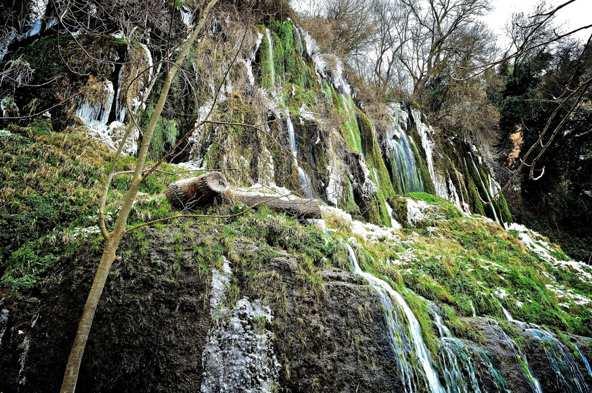 Cascada helada, Monasterio de Piedra
