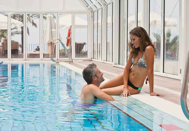 Piscina Hotel Fuerte Marbella