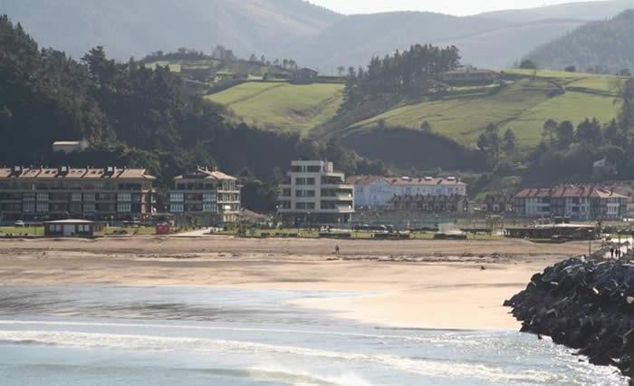 Hotel vista desde la playa