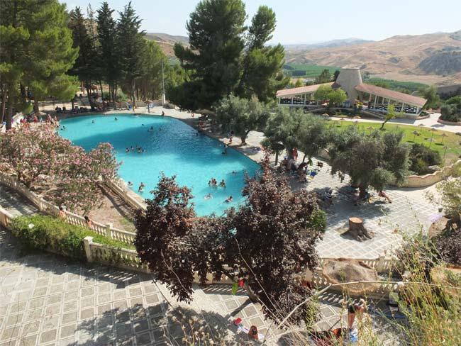 piscina termal balneario alicun de las torres