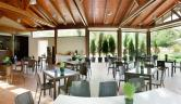 Terraza y cafeteria exterior Balneario Valle del Jerte