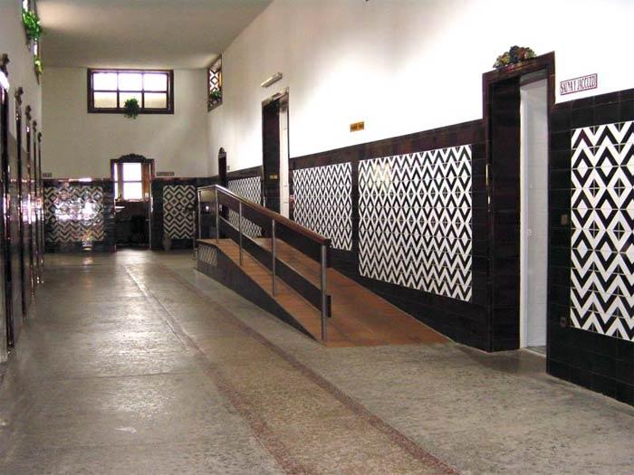 Acceso sauna y Jacuzzi