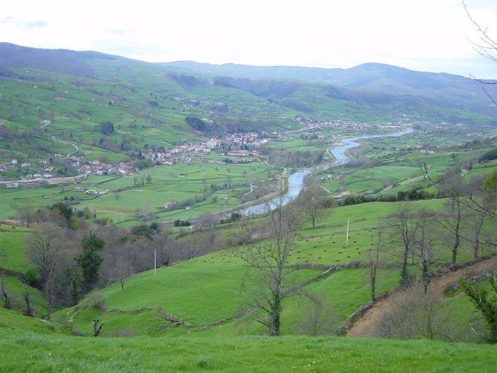 Vista del pueblo de Alceda