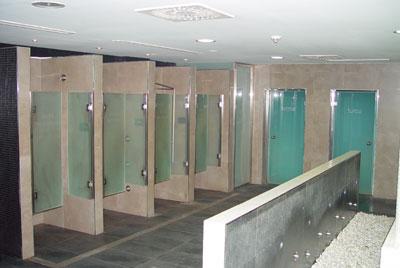 Cabinas de duchas y saunas en agua soa