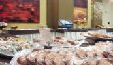 Desayuno buffet LangrehOtel