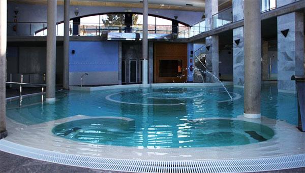 Balnearios en le n castilla le n espa a hoteles con spa y - Hoteles en leon con piscina ...