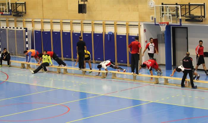 Campo de deportes Interior: Volleyball, Basketball, Futsal