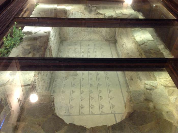 Ruinas romanas en el casco historico de Lugo
