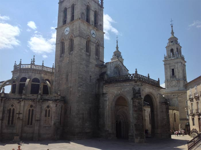 Entorno a la Catedral de Lugo
