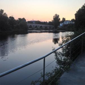 Vista del Puente Romano desde el Balneario  Balneario de Lugo