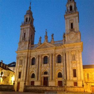 Catedral de Lugo - Vista Nocturna  Balneario de Lugo