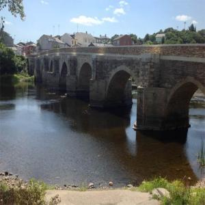 Puente romano vista de dia  Balneario de Lugo