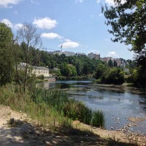 Paisaje de las orillas del rio Miño  Balneario de Lugo