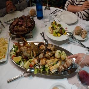 Parrilladas en  Canedo Restaurante  Balneario de Lugo
